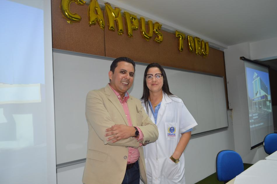 Palestrante Alexandre Carmo e coordenadora de Engenharia Naíla Arraes