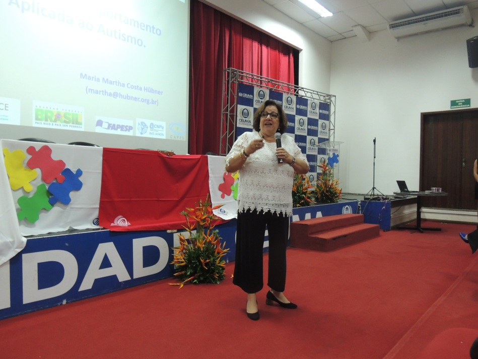 Professora DR. Maria Martha Costa Hubner da USP