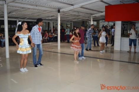 Alunos do grupo Dança Ceuma