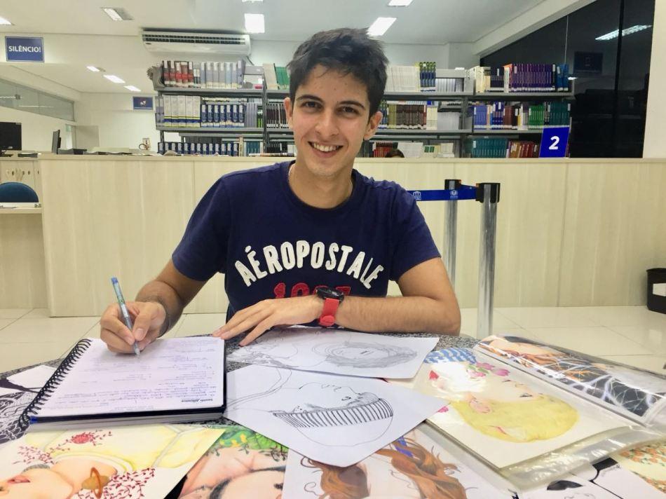 MATÉRIA CEUMA HOMENAGEIA ALUNOS - Mateus Francis, aluno destaque de Ciências Contábeis